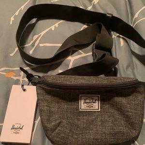 Herschel crossbody/belt bag